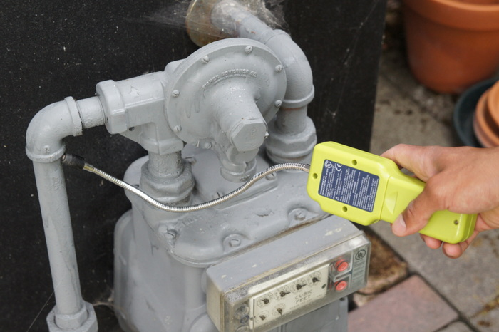 gas leaks test