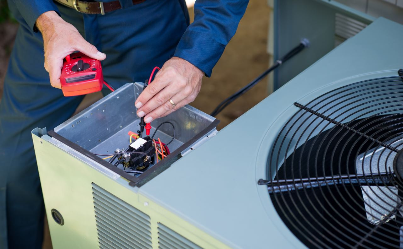 What are the differences between heat pumps and air conditioners